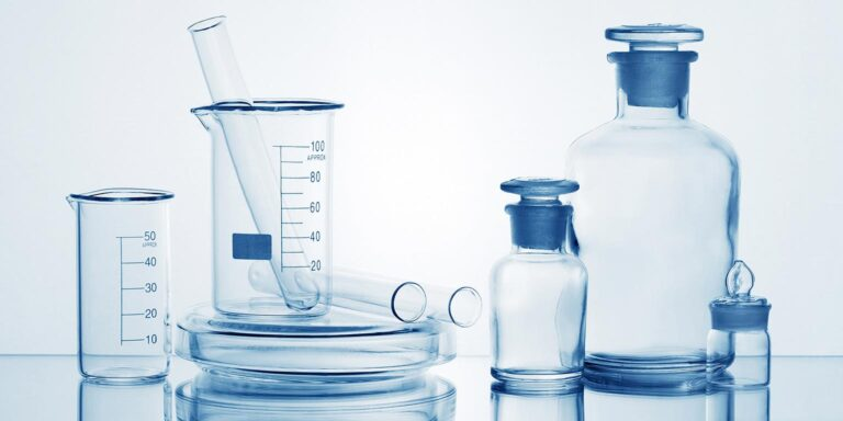 What kind of purified water do you need to wash lab glassware?